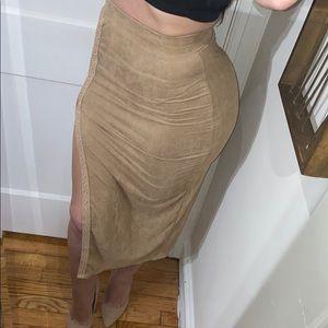 Sexy dark beige button slit midi suede skirt